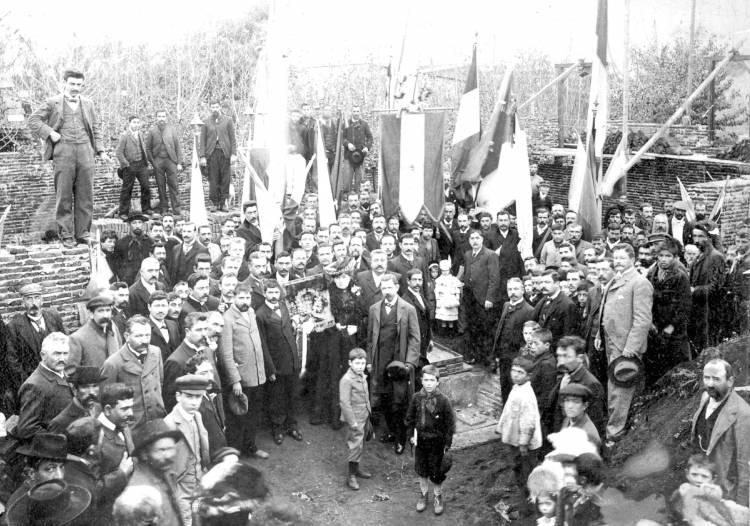 Micro Histórico: La primera asociación de inmigrantes fue italiana, fundada en 1894