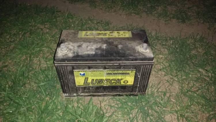 Intentaron robar una batería y los detuvieron