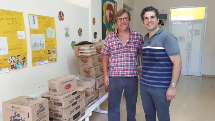 Desarrollo Social: Más de 900 familias recibieron un bolsón de productos para fin de año