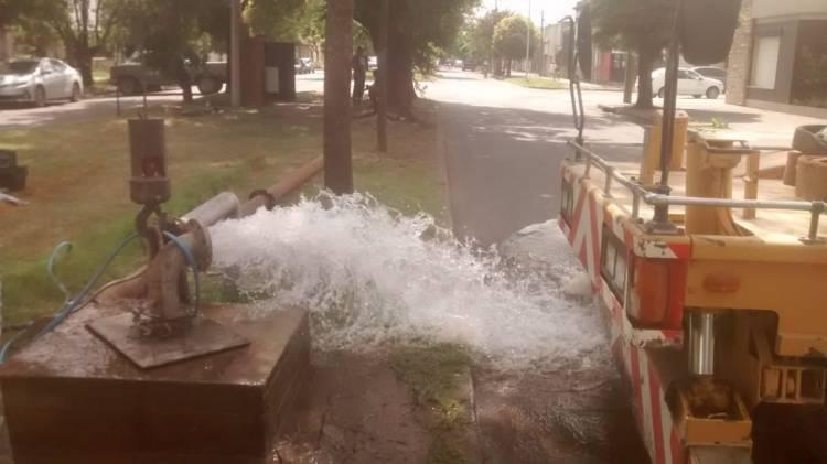 Se colocó una bomba que inyectará 80 mil litros de agua más al tanque elevado