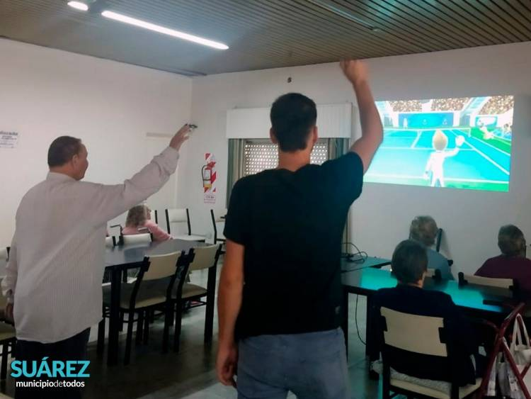 Punto Digital: actividades en el Hogar de Ancianos de Coronel Suárez
