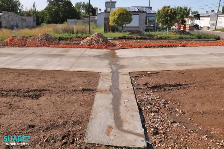 Nuevo badén y obra de desagüe pluvial en Storni y Juvenilia