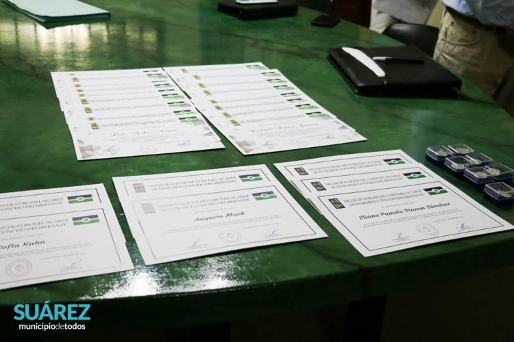 Huanguelén: El Concejo Deliberante reconoció a los egresados mejores promedios del nivel secundario