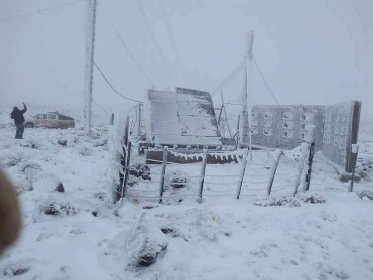 Temporal de nieve y viento derribó 37 torres de la línea Futaleufú-Madryn