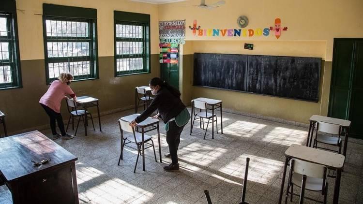 Aceleran actividades para el regreso a las clases presenciales en la Provincia