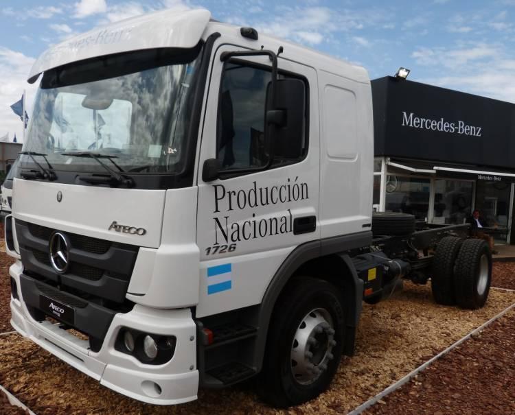 Lanzan líneas de créditos para micros y camiones por $2 mil millones