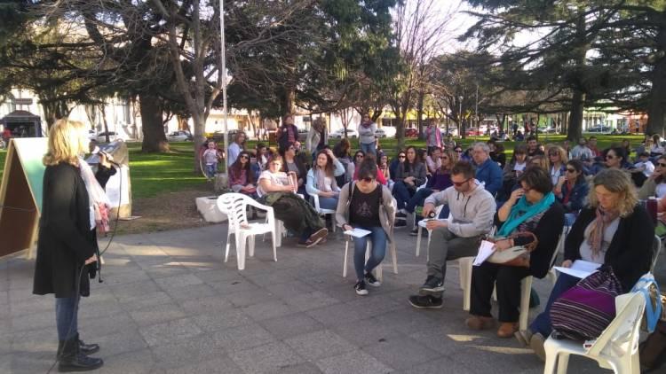 Los docentes se manifestaron en la Plaza San Martín