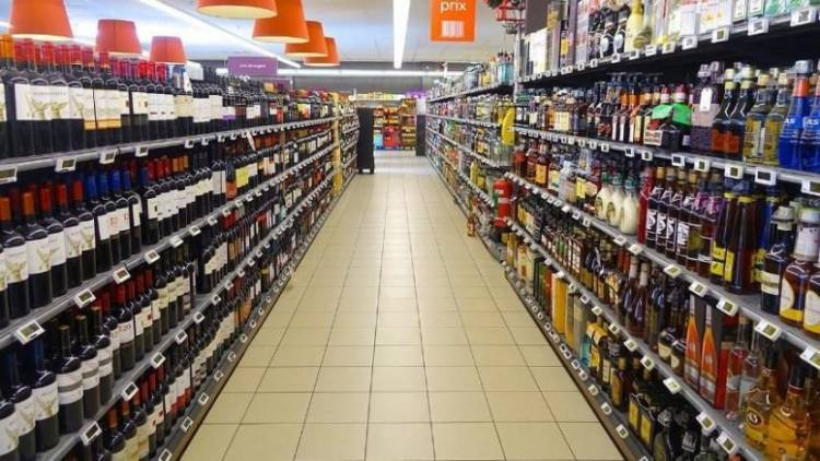Supermercados buscan nuevos formatos para superar dos años de pérdidas y caída del consumo