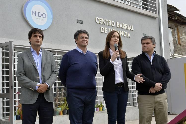 """Vidal anunció mejoras en programas sociales: """"No vamos a dejar solos a los que más nos necesitan"""""""