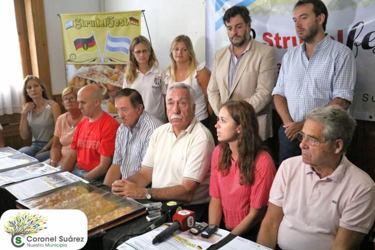 """Palacio: """"Esta fiesta es el trabajo de muchas instituciones que quieren poner en manifiesto las costumbres de este maravilloso Pueblo"""""""