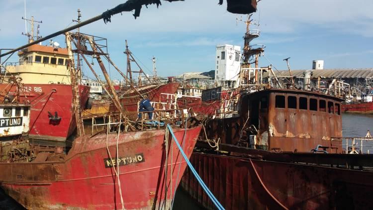 El Gobierno bonaerense busca potenciar las instalaciones de los puertos de San Nicolás y Dock Sud