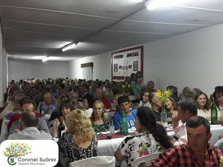 Exitosa cena y baile a beneficio de la Capilla Santa Teresita del Niño Jesús de Pasman
