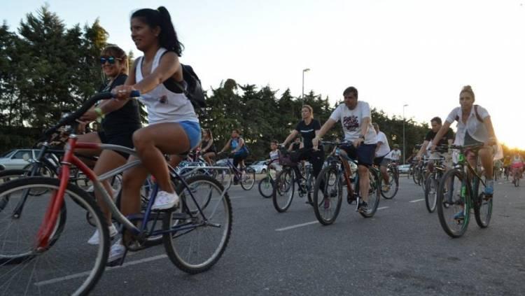 'Bicicleteada' para financiar una visita importante para la comunidad de D'Orbigny