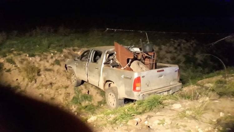 Estaban cazando, creyeron ver un móvil policial y escaparon sin luces. Chocaron contra un talud. Un muerto