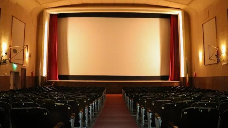 Hoy, más cine