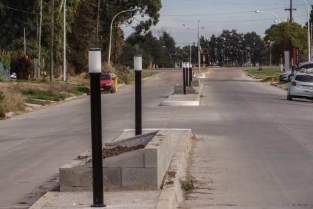 Últimos aprestos para inaugurar la avenida Teodosio Alaniz