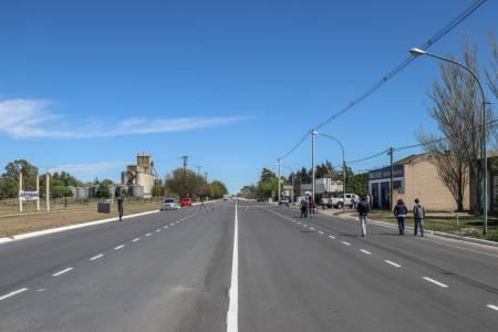 El intendente habilitó la repavimentación y ensanchamiento de Casey entre Conturbi y Roque Sáenz Peña