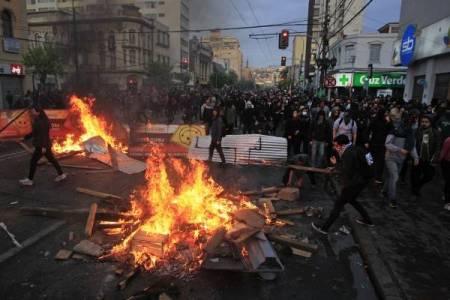 """Vanesa Beratz: """"El Gobierno chileno está en guerra con la sociedad"""""""