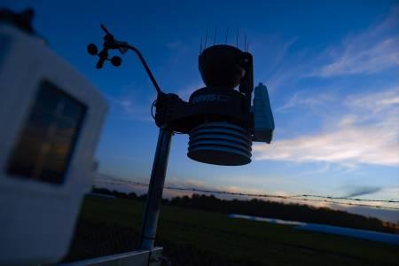 Tomás inauguró una estación meteorológica en Carlos Casares