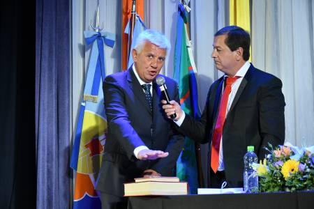 Alejandro Dichiara asumió la Intendencia e hizo hincapié en el desarrollo turístico planificado y sustentable