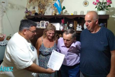 Moccero declaró de Interés Municipal el último libro de Julio César Melchior