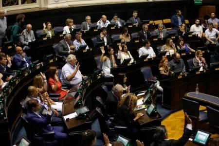 Axel Kicillof logró convertir en ley su reforma impositiva, pero no quedó conforme y cargó duro contra los legisladores de Juntos por el Cambio