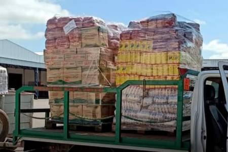 La ministra Fernanda Raverta envió 3 mil kilos de alimentos para Coronel Suárez