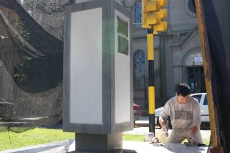 Tareas de restauración al monumento de Manuel Belgrano