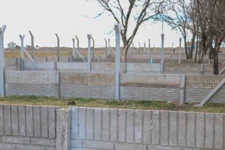 El Intendente observó el estado de avance en el que se encuentra la nueva Perrera Municipal
