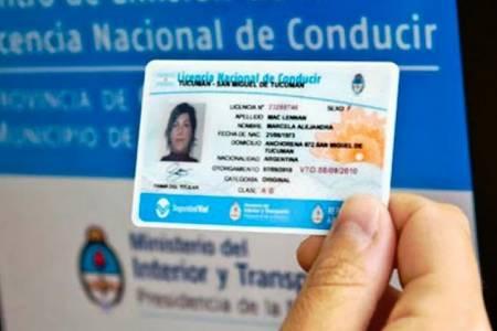 Extienden por un año el vencimiento de las licencias de conducir