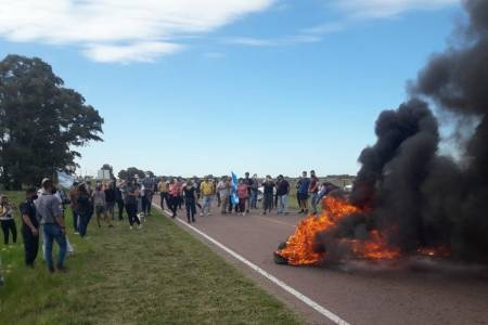 """Monte Hermoso: """"Si cortan la ruta deberán responder ante la Justicia"""", advierten desde la comuna"""