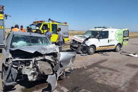 Impactante choque en la Ruta 33: una mujer fue derivada de urgencia al hospital