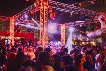 Provincia habilita fiestas al aire libre y hay polémica en varios municipios