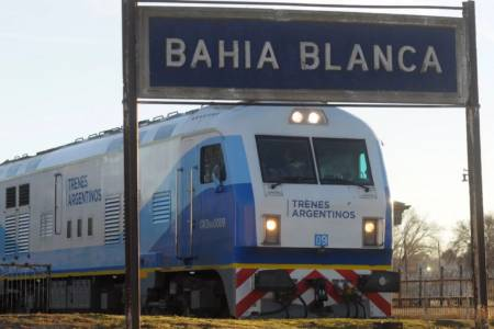 """Proponen implementar un """"tren corto"""" de pasajeros a través de la vía Pringles"""