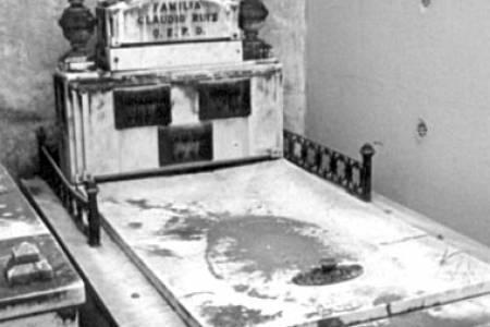 Micro Histórico - Las primeras tumbas en Coronel Suárez