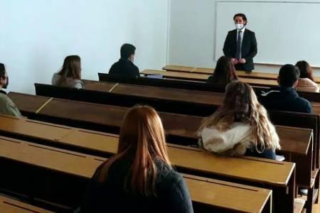 Autorizaron el retorno a la presencialidad plena en las universidades
