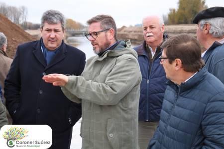 El ministro Roberto Gigante recorrió el partidor de Piñeyro con el intendente Roberto Palacio