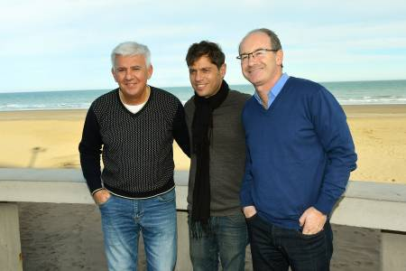 Kicillof recorrió Monte Hermoso junto a referentes locales