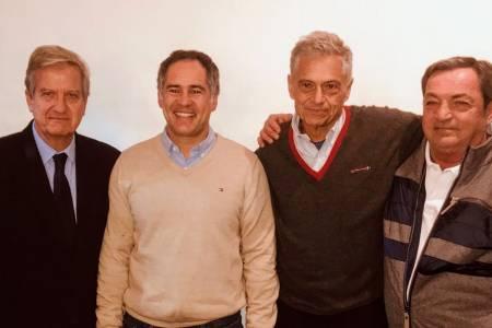 El candidato a intendente Pedro Rodriguez recibió el apoyo de los doctores Luis y Alberto Caccavo