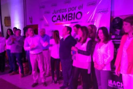 Color, música y mucha alegría en el cierre de campaña de Pedro Rodríguez