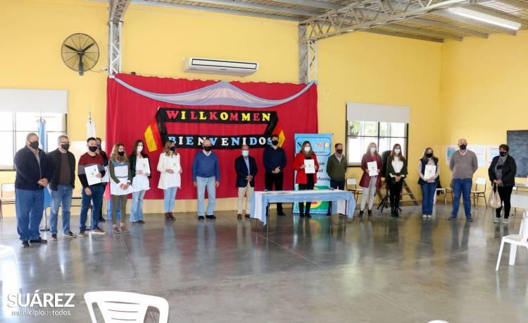 Igualdad de oportunidades: la Cooperativa Eléctrica San José entregó becas tecnológicas
