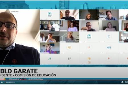 Pablo Garate recibió a Agustina Vila en la Comisión de Educación