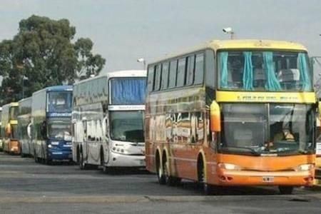 Habilitaron el transporte público de larga distancia: ¿quiénes pueden utilizarlo?