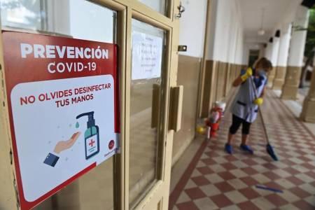Cuando los alumnos no vayan al aula, uno de los padres podrá tomar licencia