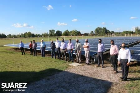 Huanguelén: el subsecretario de energía recorrió el Parque Solar Huanguelén y anunció obras eléctricas para Coronel Suárez/Guaminí