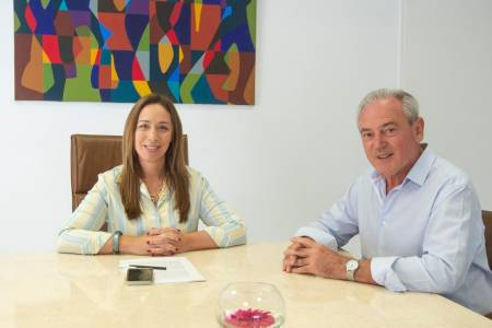 Macri y Vidal preparan un decreto para evitar que el PJ lleve un solo candidato a gobernador