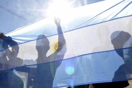 La 'Bandera más larga' llega a D'Orbigny