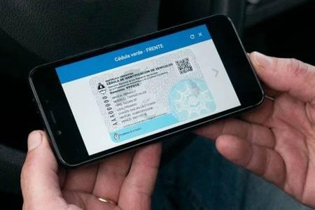 Todos los documentos del vehículo estarán disponibles en el celular
