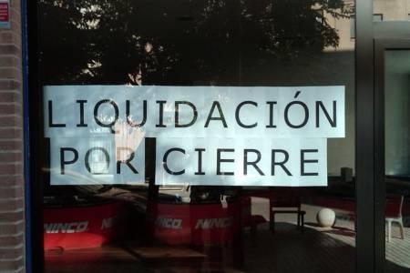 El cierre de locales se acentúa en los distritos de la zona
